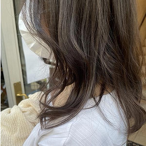 暗髪だけど陽に当たると透け感! @watanabe